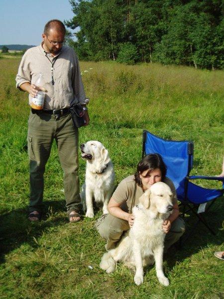 Mr.Dan s Teddíkem a paní Síssa s paničkou